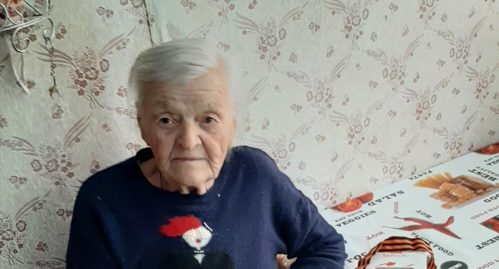 Сотрудники МФЦ у ветеранов «Мои Документы» Забайкальский край